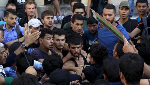Русские немцы разгромили приют мигрантов