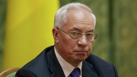 Азаров объяснил, чем обернулась для Киева блокада Донбасса и Крыма