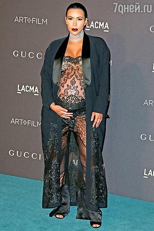 Образ дня: Ким Кардашьян в Givenchy