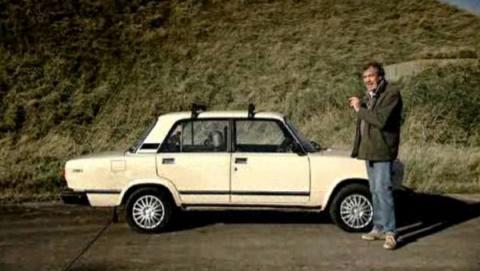 Самое интересное в российской рекламе за неделю: футболисты «Зенита» работают на заправке, Джереми Кларксон рекламирует Lada, а московских водителей воспитывает голограмма