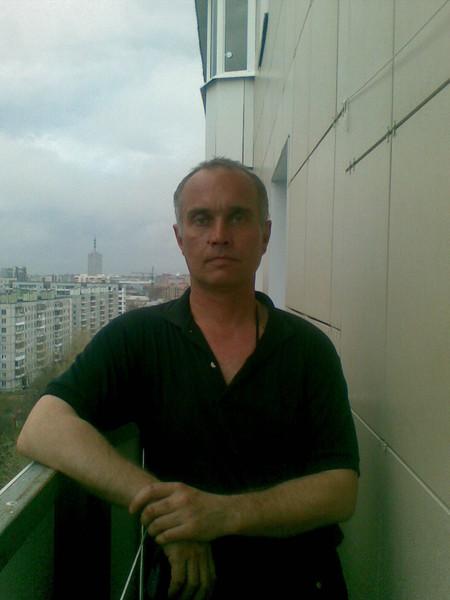 Александр Паромов