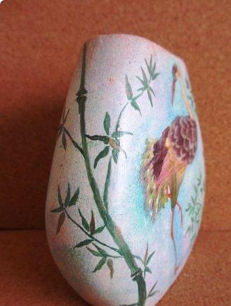 Птицы из засушенных лепестков цветов. Аппликация на стекле