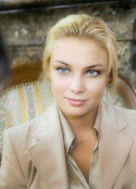 Татьяна Арнтгольц воплотит на сцене мысли слепоглухой