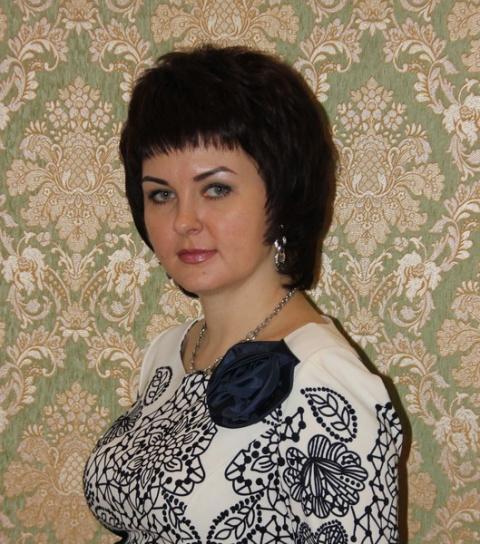Марина Плохотникова