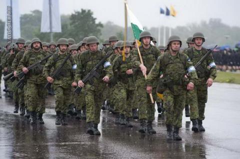 Армия должна внушать ужас: Латвийская армия немногочисленная, но серьезная.