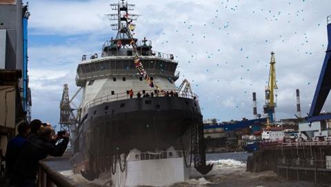 ВМФ России вооружается ледоколами. Первый корабль спущен на воду