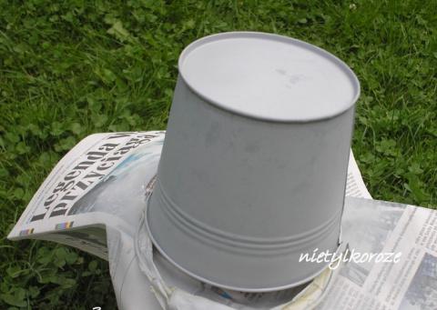 Декупаж лейки и металлического ведерка