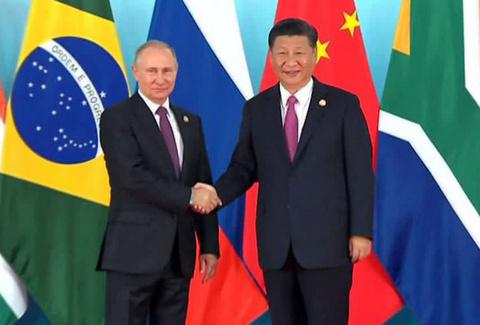 «В БРИКС есть два авторитета: Китай и Россия»