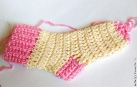 Легкий способ вязания детских носочков крючком