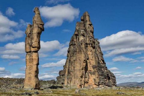 Гранитный природный город Якутии