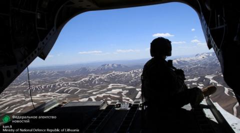 Россия закрыла небо для транзита американского оружия в Афганистан