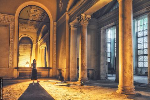Фотопрогулка по руинам «Золо…