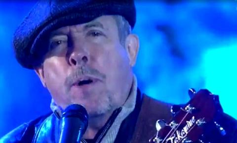 Андрей Макаревич с трагической песней неожиданно вернулся в прямой эфир Первого канала