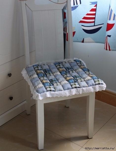 Мягкая сидушка для табурета в стиле пэчворк. МК