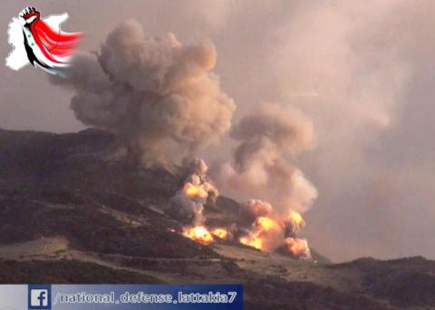 ФАБ 500 ВКС РФ впечатывают в землю боевиков ИГИЛ в горах Латакии  кадры с земли