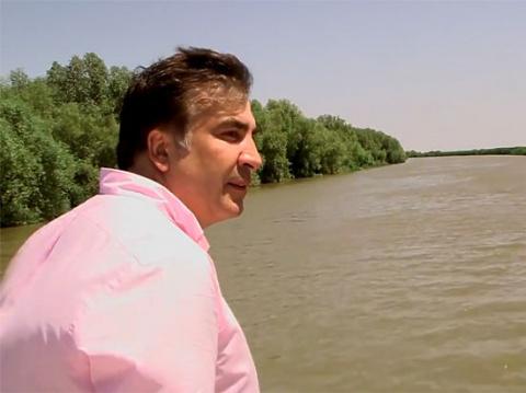Губернатор Саакашвили открыл новую набережную и спровоцировал одесский «антимайдан»