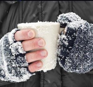 РЫБАЛКА: чтобы не мерзли руки, рождественская ярмарка-распродажа свитеров и шапок