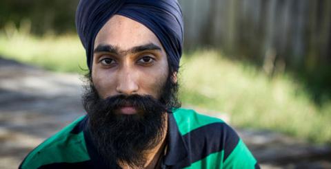 Сикх нарушил религиозный запрет ради спасения мальчика