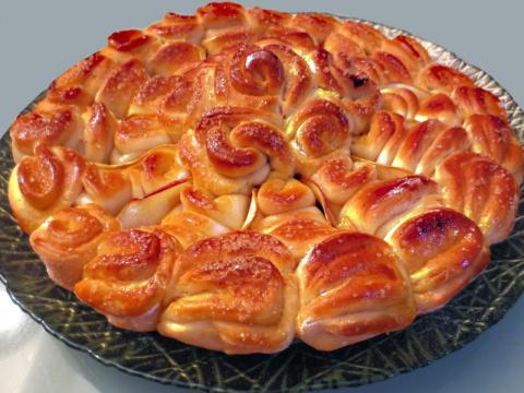 Десертный вихрь. Пирог с яблоками в фигурной упаковке