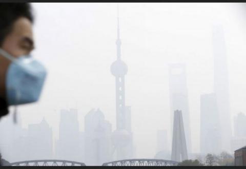 Китай: одеяло смога накрыло Шанхай