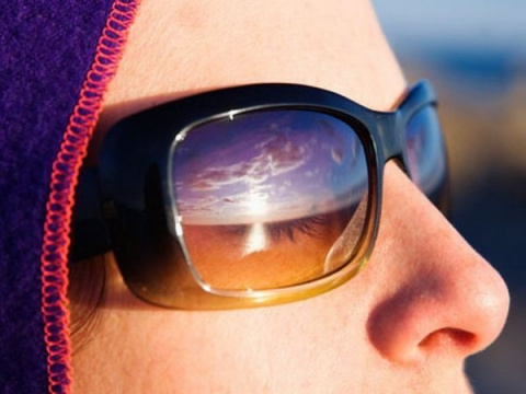 Как и чем защитить свои глаза от солнца?