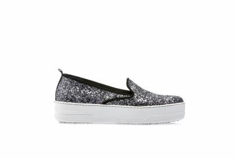 МОДНЫЕ СТРАСТИ. Обувь: тренды осени 2015