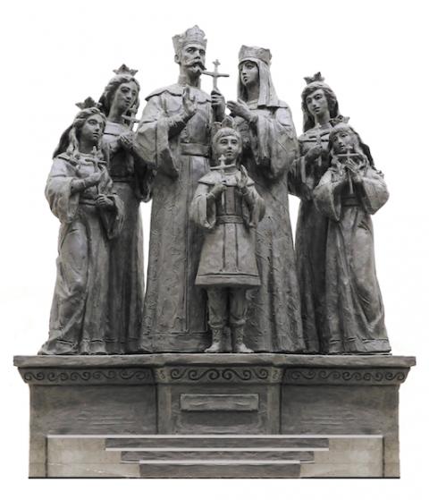 Памятник царственным страстотерпцам в Дивеевской обители