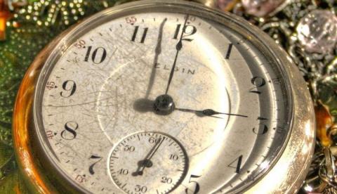 Почему многие люди просыпаются каждую ночь в 3 часа?
