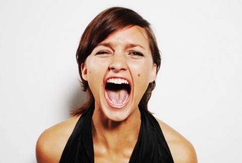 10 простых способов взаимодействовать с женщиной, когда в ней просыпается стерва