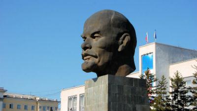 В Челябинске неизвестные рас…