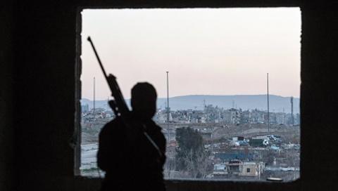 Боевики «ан-Нусры*» подняли белые флаги  в районе Икаб ат-Деб