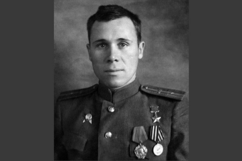 Как Вячеслав Чемодуров отраз…