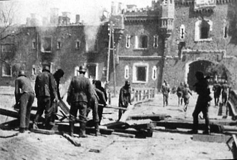 Оборона Брестской крепости в…