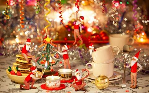 Как украсить новогодний стол: Идеи, которые вам понравятся!