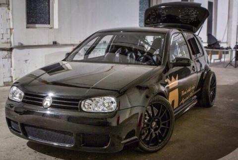 VW Golf c двигателем от Lamb…