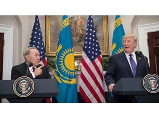 «Украина только имитирует работу»: кому выгодно перенести из Минска переговоры по Донбассу