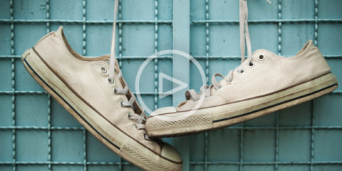 НЕХИТРЫЕ ХИТРОСТИ. Завязываем шнурки по-украински