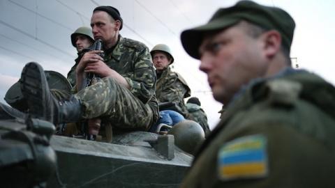 Эксперт рассказал, как киевская хунта хочет втянуть НАТО в гражданскую войну