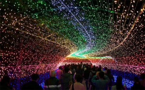 Инсталляция Winter Illuminations на острове Нэгэшима