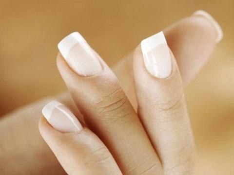 О каких заболеваниях говорят измененные ногти