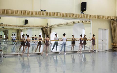 Будни старейшей школы русского балета