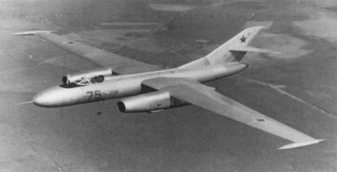 Высотный Як-25РВ - самая интересная и радикальная, модификация самолета. Его появлению сопутствовали любопытные факты.