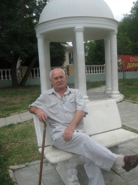 Неделько Геннадий