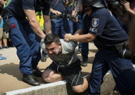 "Европа и беженцы: ""потоп"" или истерика? Битва за ""нерезиновую"" Европу"