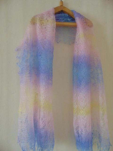 Цветные палантины из козьего пуха от Марины Солнце.