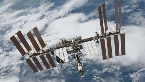 НАСА показало первое видео МКС и Земли в сверхчетком разрешении