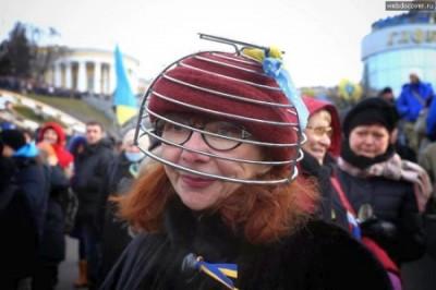 Украина сошла с ума и превра…