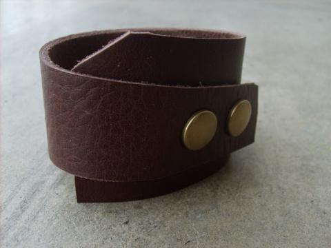Кожаный браслет длямужчины