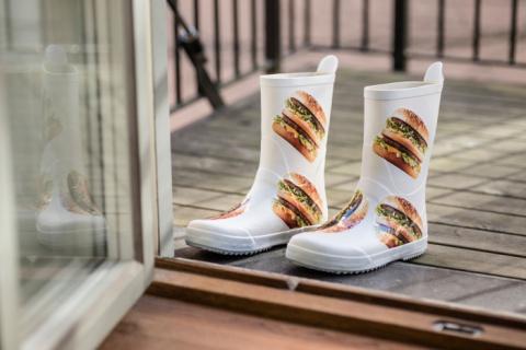 Пижама в бургерах или мода от McDonald's