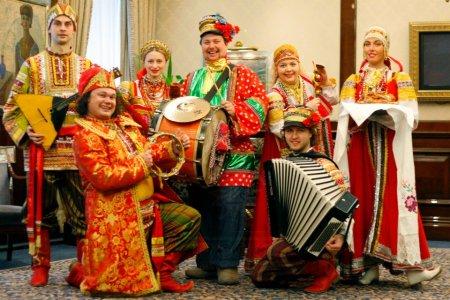 Фольклорный ансамбль на свадьбу